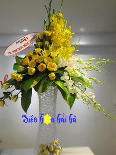 Lẵng hoa đại sảnh