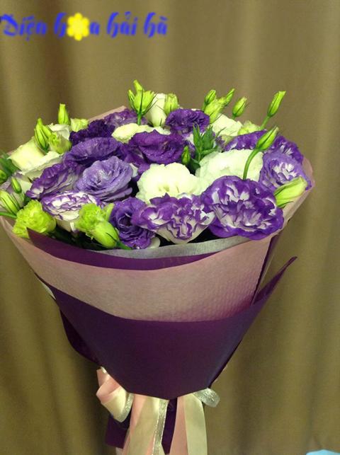 Bó hoa lan tường tím