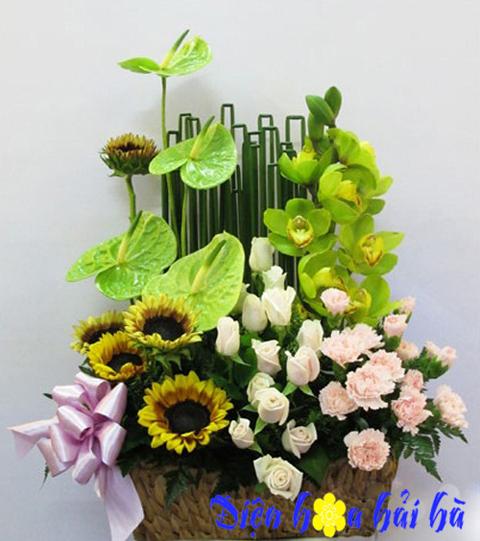 Giỏ hoa chúc mừng đẹp