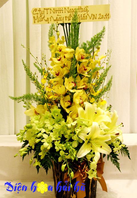 Giỏ hoa địa lan sang trọng