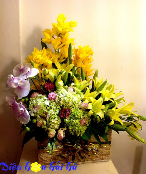Giỏ hoa sang trọng Hà Nội