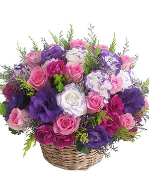 Giỏ hoa hồng sen và hoa cát tường tím