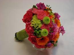 Hoa cưới bằng hoa cẩm chướng