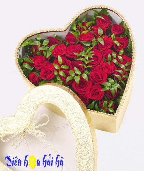 Hộp hoa tim