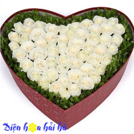 Hộp hoa hồng trắng Điện hoa Hải Hà