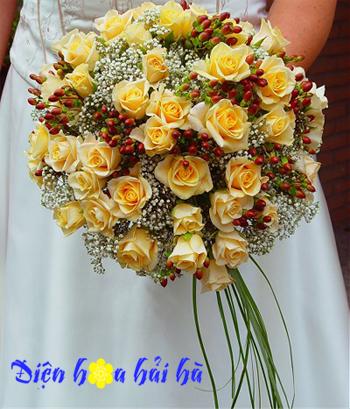 Bó hoa cưới dùng hoa hồng vàng Điện hoa Hải Hà