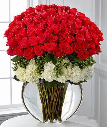 Bình hoa hồng đỏ Hoa đẹp