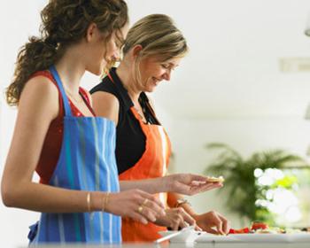 Cùng mẹ nấu ăn