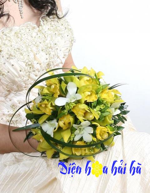 Bó hoa cưới bằng địa lan