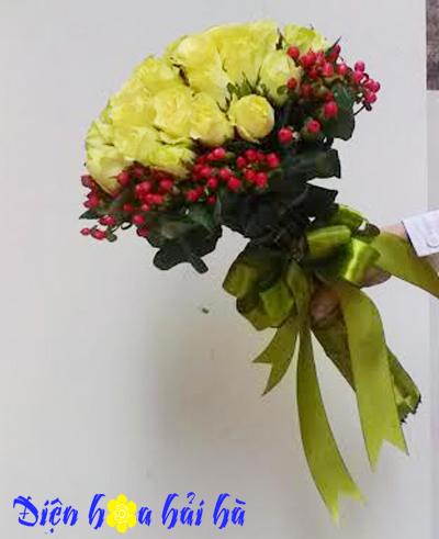 Bó hoa hồng vàng đơn giản