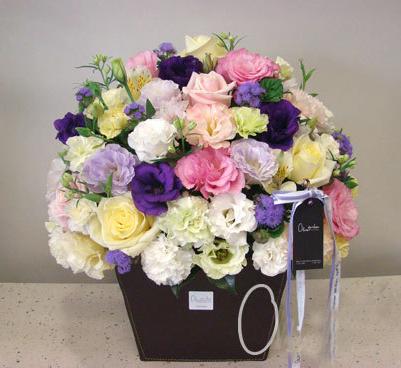 Hộp hoa cẩm chướng Ngày của mẹ