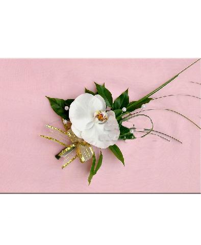Hoa chú rể dùng hoa hồ điệp