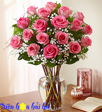 Bình hoa hồng phấn Điện hoa Hải Hà