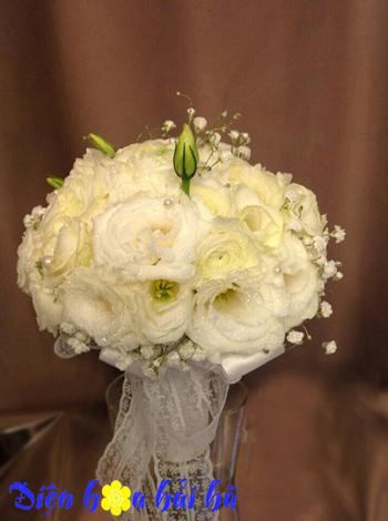 bó hoa cưới tinh khôi
