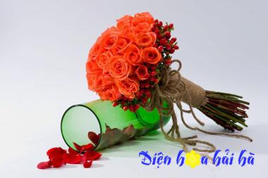 Bó hoa cưới bằng hoa hồng đỏ