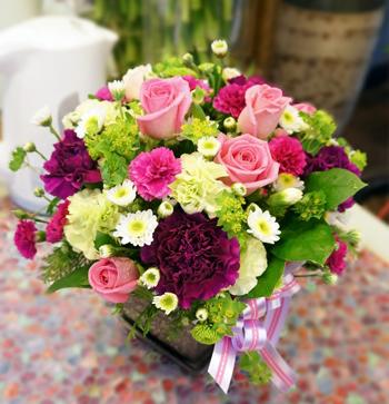 giỏ hoa đẹp tặng mẹ Ngày của Mẹ