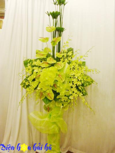 Lẵng hoa chúc mừng mầu xanh