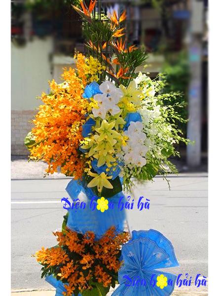 Lẵng hoa chúc mừng đẹp bằng hoa lan