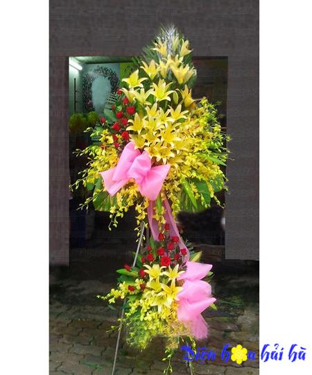 Hoa mừng khai trương bằng hoa lan ly vàng