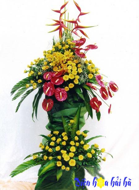 Lẵng hoa chúc mừng hoa hồng môn và hồng vàng