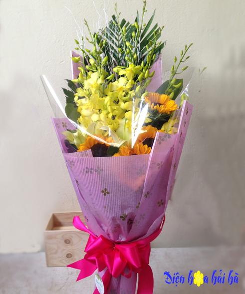 Bó hoa chúc mừng hoa lan và hướng dương