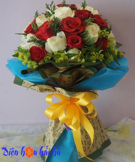 Bó hoa tình yêu hồng đỏ hồng trắng