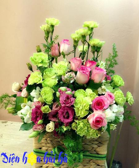 Giỏ hoa hồng song hỷ cẩm chướng