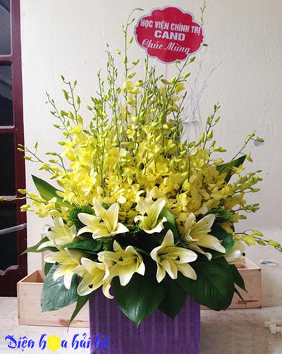 Giỏ hoa lan ly vàng