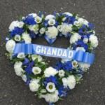 Ý nghĩa mầu sắc hoa xanh dương trong hoa đám tang