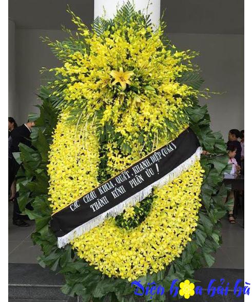 Hoa viếng đám tang lan vàng