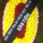 Đặt vòng hoa chia buồn viếng đám tang tại nhà tang lễ Bệnh viện 354