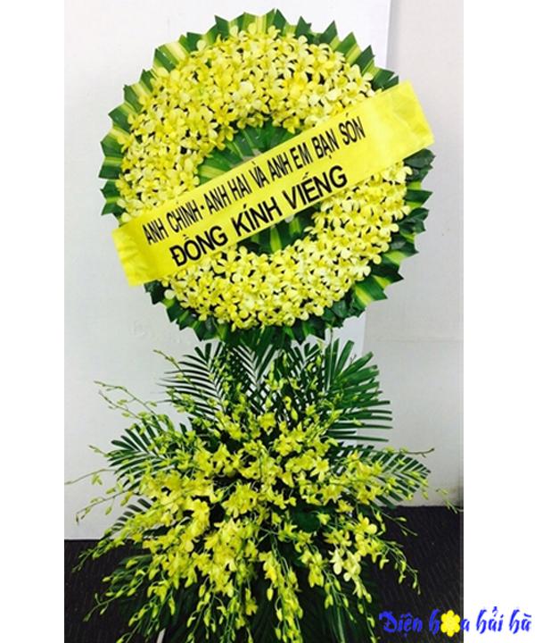 Vòng hoa viếng đám tang lan vàng sang trọng