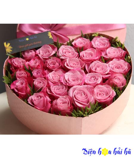 Hộp hoa tình yêu hồng tím