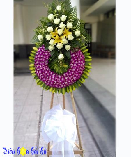 Kệ hoa viếng đám tang lan tím hồng trắng