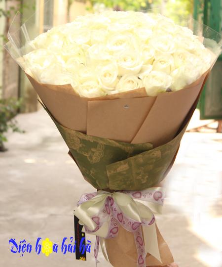 Bó hoa 8/3 hoa hồng trắng