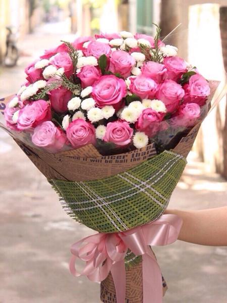 Bó hoa 20-10 hồng tím cúc calimero