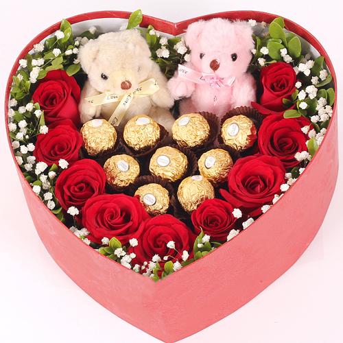 Tình yêu trọn vẹn – Hộp hoa socola và gấu
