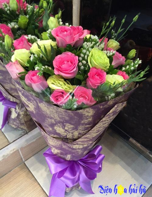 Bó hoa hồng sen và cát tường xanh tặng mẹ