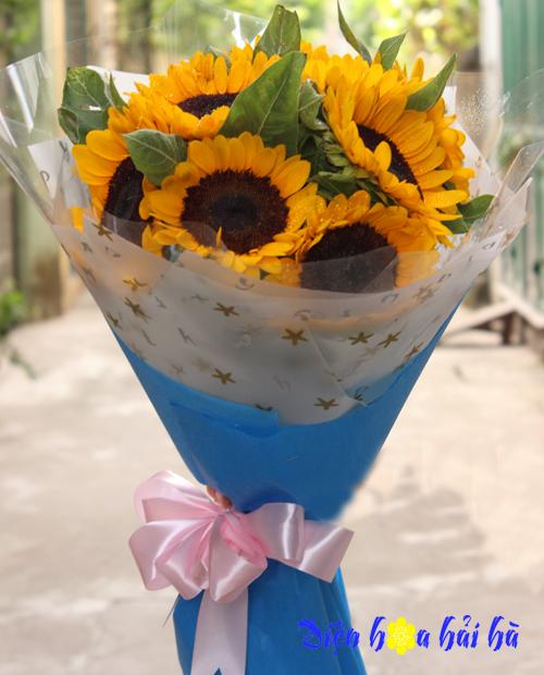 Bó hoa hướng dương tặng bạn nữ