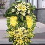 Ý nghĩa mầu sắc hoa vàng trong đám tang