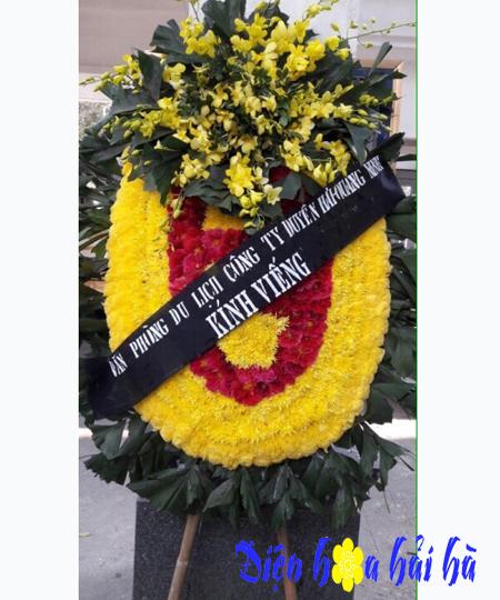 Vòng hoa đám tang truyền thống Miền Bắc chùm lan vàng