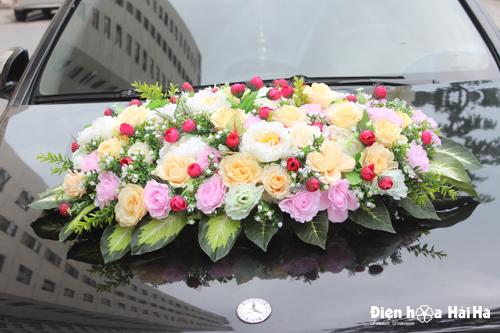 Mua hoa giả trang trí xe cô dâu hoa mẫu đơn