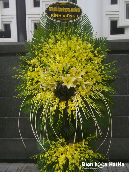 Đặt lẵng hoa viếng lan vàng tại Hà Nội