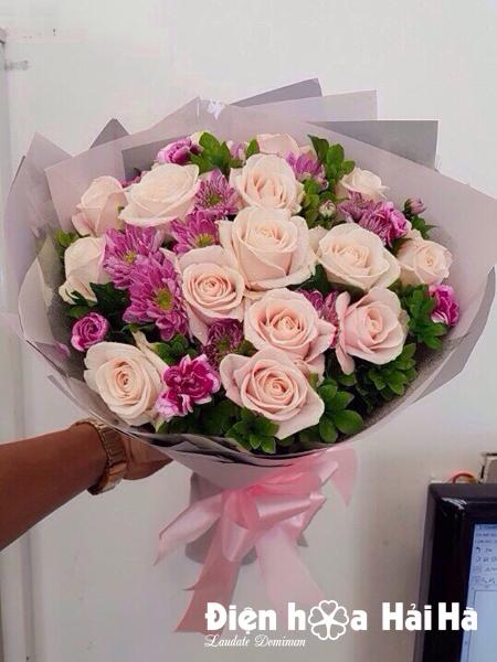 Bó hoa tặng cô giáo ngày 20-11 hoa hồng kem