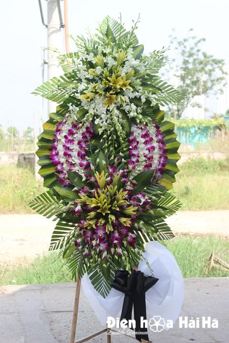 Đặt vòng hoa tang lễ tại Hà Nội hoa lan tím lan trắng
