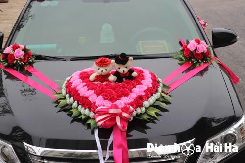 Bán hoa giả trang trí xe cưới trái tim hồng sen hồng phấn