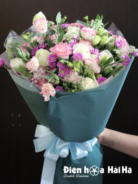 Bó hoa tặng ngày 8/3 cát tường hồng thạch thảo