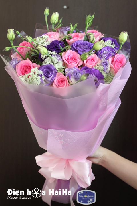 Bó hoa tặng 8/3 hồng sen cát tường tím