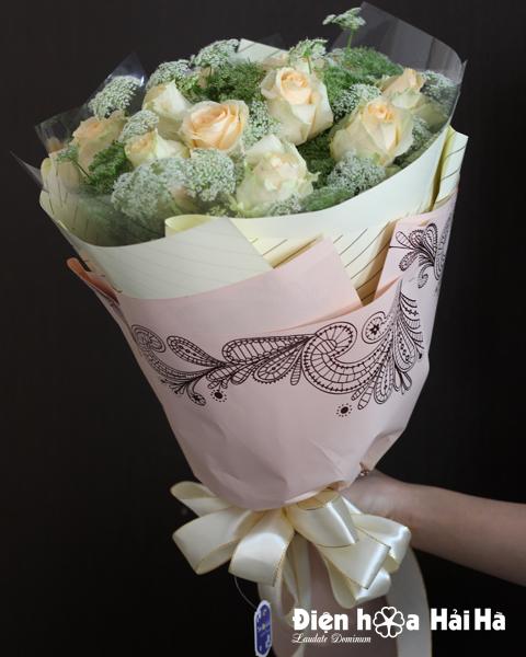 Bó hoa tặng ngày 8/3 hồng kem vàng mimi trắng