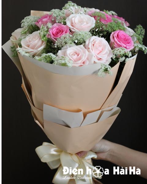 Bó hoa ngày 8/3 hồng sen hồng kem